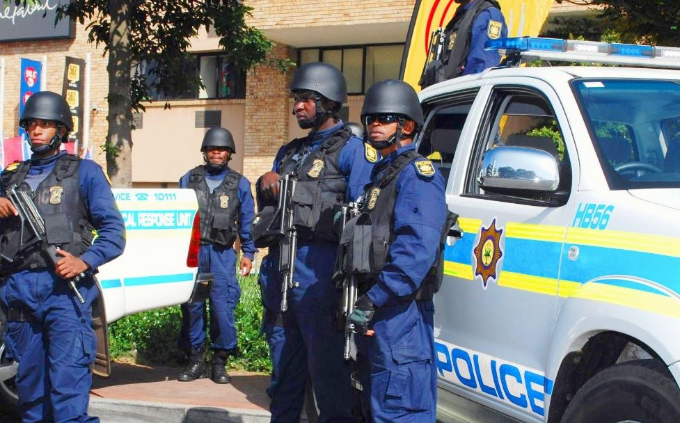 How much does south african police earn